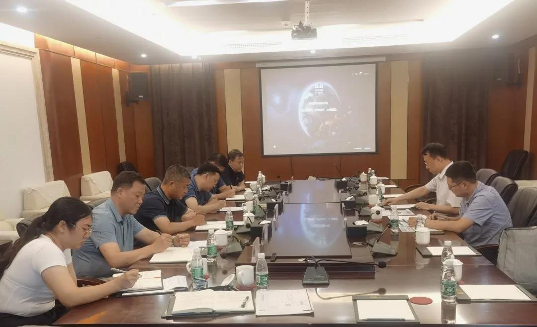 海尔数字科技(上海)公司与易胜博官网在线实业集团开展合作洽谈